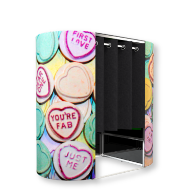 Love hearts photo booth